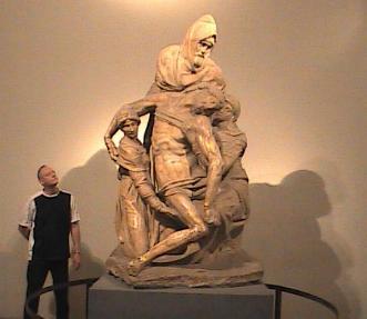 Bil at Michelangelo's Duomo Pieta