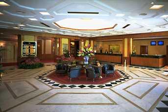 Sheraton Genova lobby