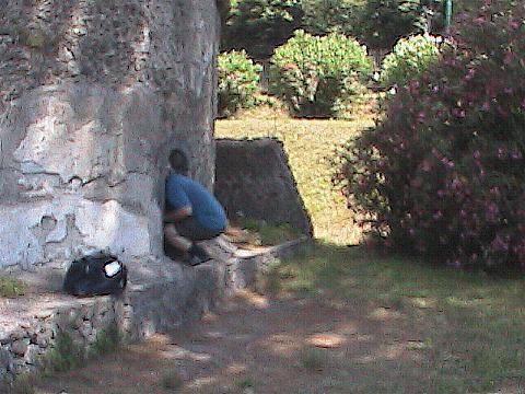 Pompei-GrantExploringTheRuins
