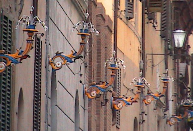 Siena-OrangeBlueLightStandards